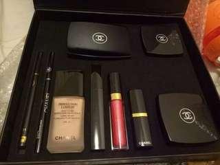 Chanel set palatte make up