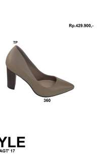 Gayle Taupe Urban n Co