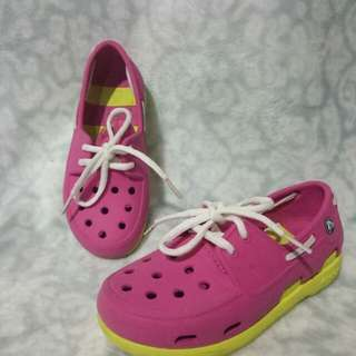 Authentric Crocs C12