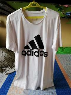 Authentic ADIDAS T shirt ❤