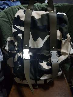 Valentino backpack 迷彩背囊 全新