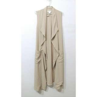 🚚 H&M 裸色長版外搭罩衫