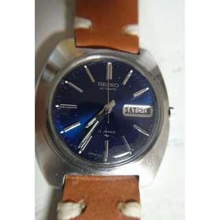 [父親節優惠,買任何款式一隻九折,買任何款式兩隻或以上八折,優惠期至6月20日] Vintage (精工) Seiko 籃面自動錶39mm (7006-7007)