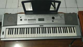 Keyboard Yamaha Portable Grand DGX-230