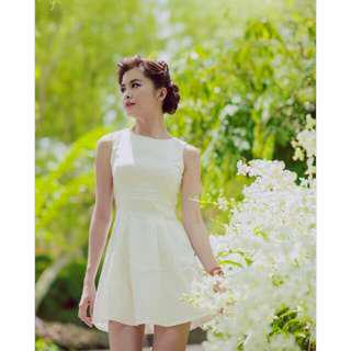 Agneselle Adele Dress in Off-white / Creme - Size S