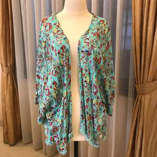 Pull&Bear Floral Outer