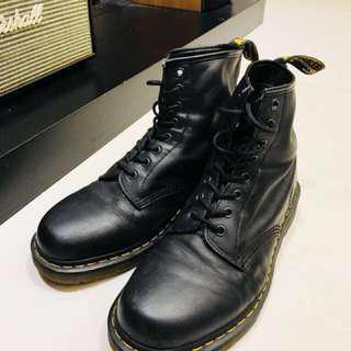 🚚 正品 經典馬丁大夫鞋-8孔-八成新-US 11
