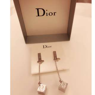 Dior earrings 夾耳環