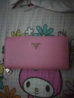 粉红色銀包
