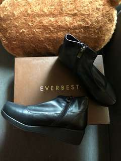 Everbest Tacha Black Boots