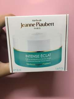 Jeanne Piaubert face cream