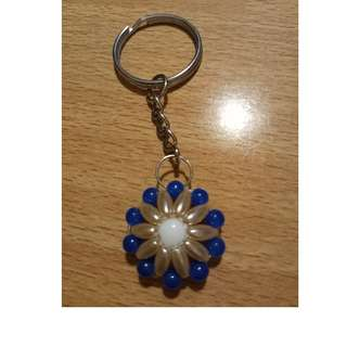 Beaded blue round key chain