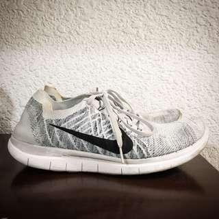 🚚 Nike free4.0