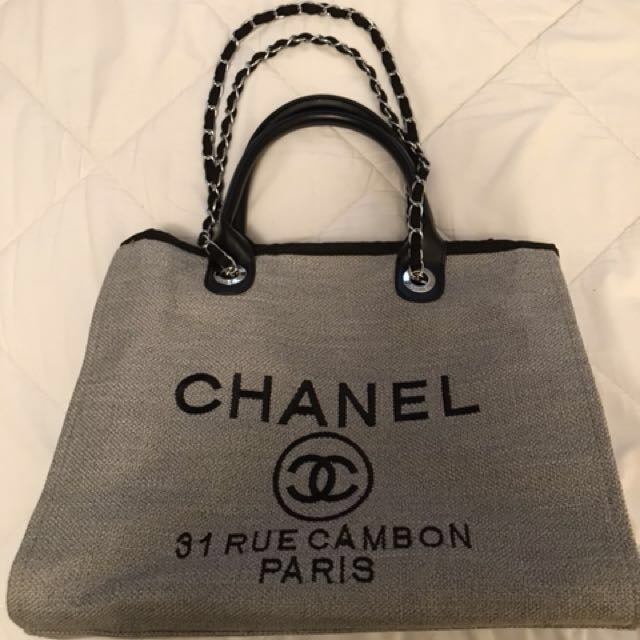 54157c065199 Chanel 31 Rue Cambon Paris Canvas Tote Chain Bag
