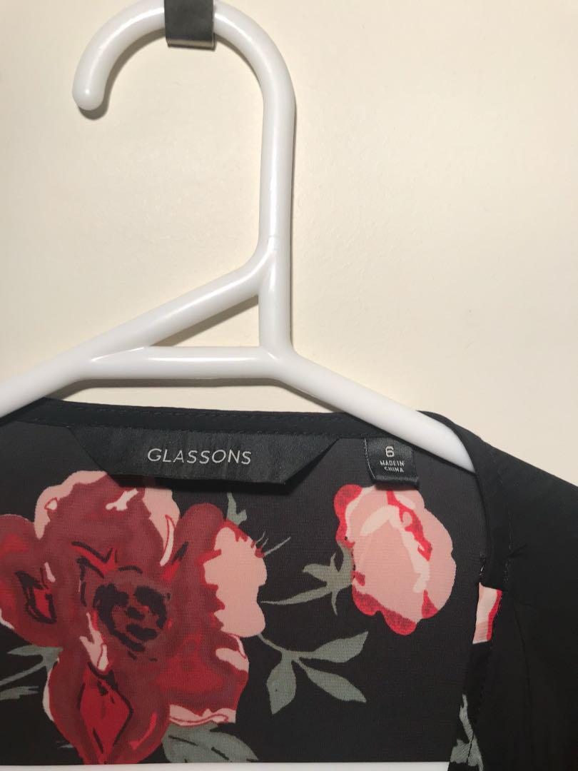 Glassons floral wrap top