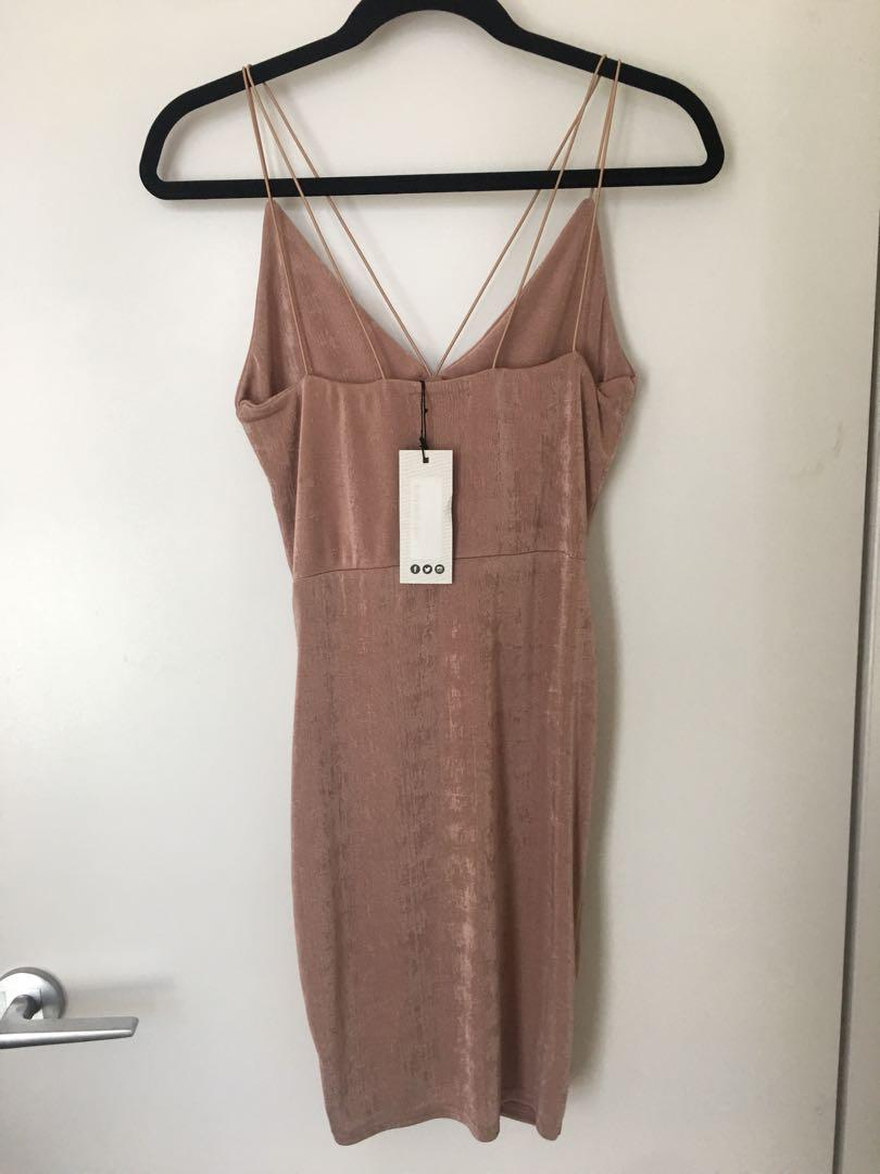 NEW w/TAG Boohoo Pink Mauve Strap Bodycon Dress