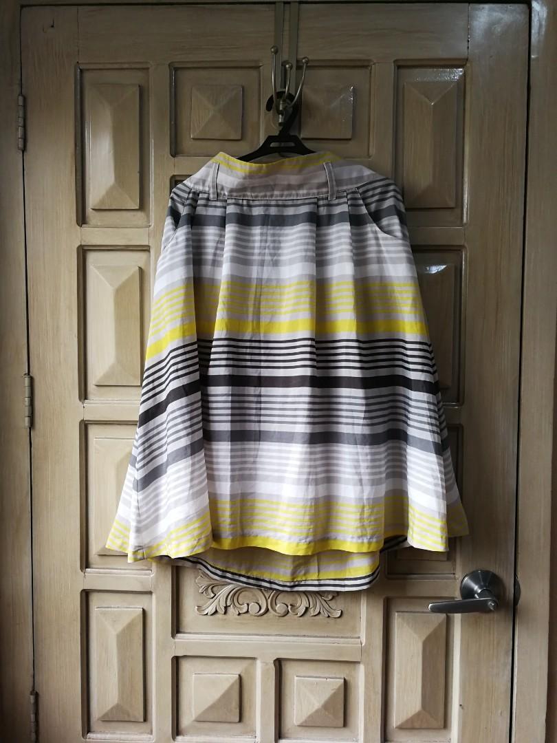 880362703f1 Plus size old navy midi skirt