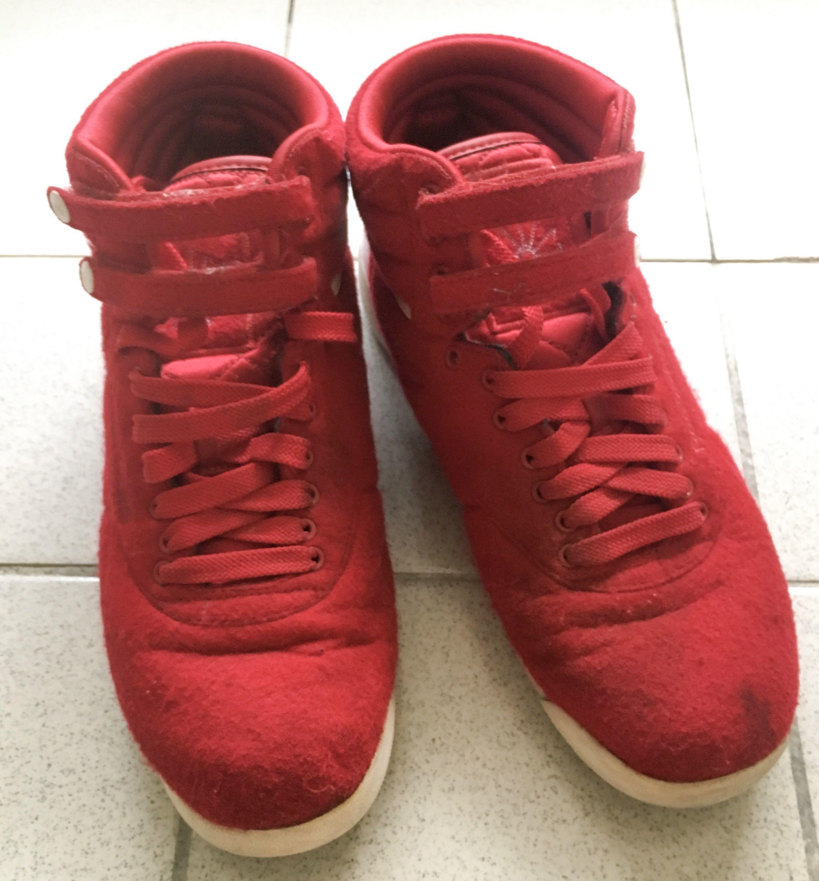 b5df03dd017 Reebok Women s Freestyle Hi-Top 5411 Shoes