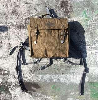 東德軍用背包