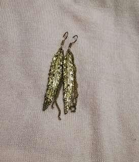 hook type fashion earrings