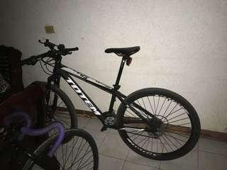 Mtb totem bike hydrualic breaks at shock acera shifter shimano tz rd and fd makapal pa gulong d ko masyado ginagamit