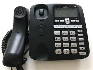 Black landline phone for sale! Good for long chats :)