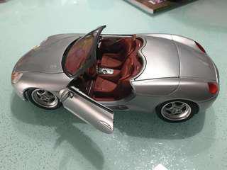 🚗 Porsche toy model car die-cast 1:18
