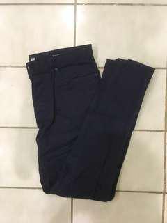 H&M 深藍排扣合身長褲