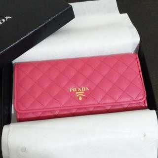PRADA 1M1132 fuchsia wallet 桃紅色長銀包