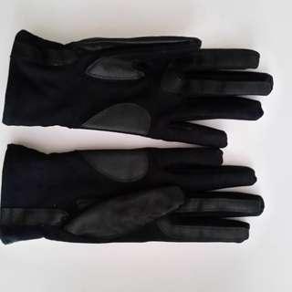 Black Gloves - S-M