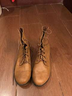Breckelle's Brown Boots 7.5