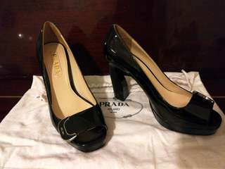 👠Prada Heels