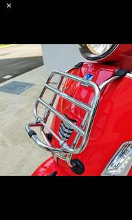 Vespa F.A. ItaLia chrome front luggage carrier for GTS300