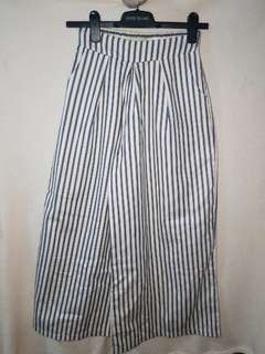 BRAND NEW Spring Fling Stripe Square Pants
