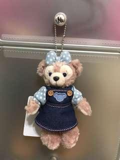🚚 現貨 迪士尼達菲熊吊飾牛仔裙版正品