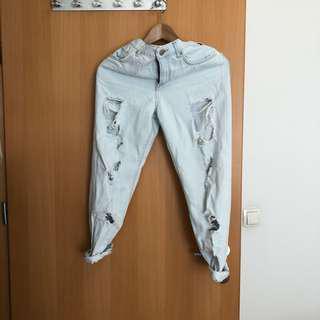 Boyfriend ripped jeans murah forever21