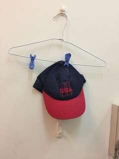 🚚 紅&藍-美製配色鴨舌帽