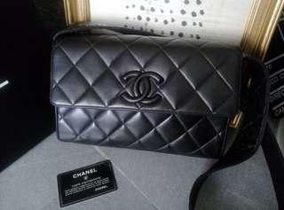 Vintage Chanel黑色羊皮复古camera bag 26x17x7.5cm
