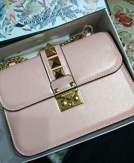 珍珠櫻花粉金鍊包