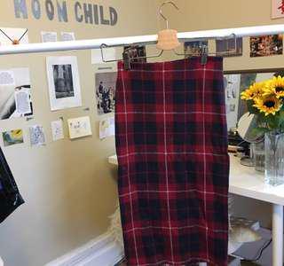 zara red plain pencil skirt