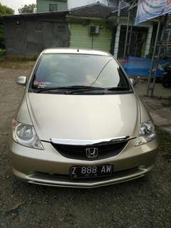 Honda city 2004 MT