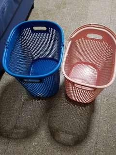 Bundle of 2 laundry Basket