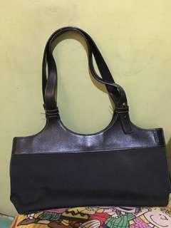 Authentic Esprit Shoulder Bag Black