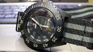 Expedition Tritium Jam Quartz Watch