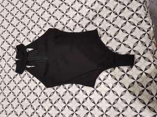 Low cut bodysuit