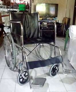 Wheel chair wheelchair