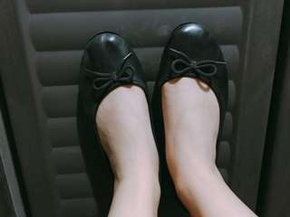 Solemate flats