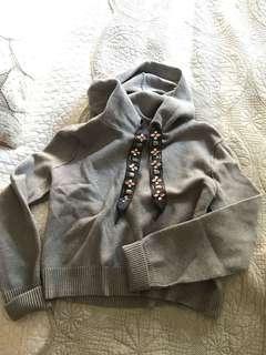 Zara new this season hoodie sweater M