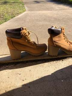 Boot Shoes..
