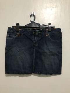 Preloved Hangten Mini Skirt (Size 30)